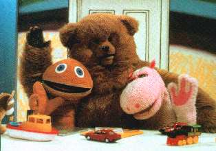 Zippy shows what he does best for Bungle